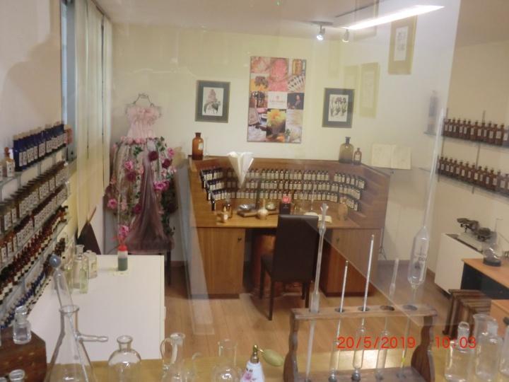 Traditionelles Atelier des Parfüm-Herstellers Galimard (Foto: M. Blancher)
